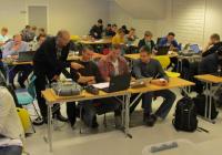 Finn med studenter i klasserommet